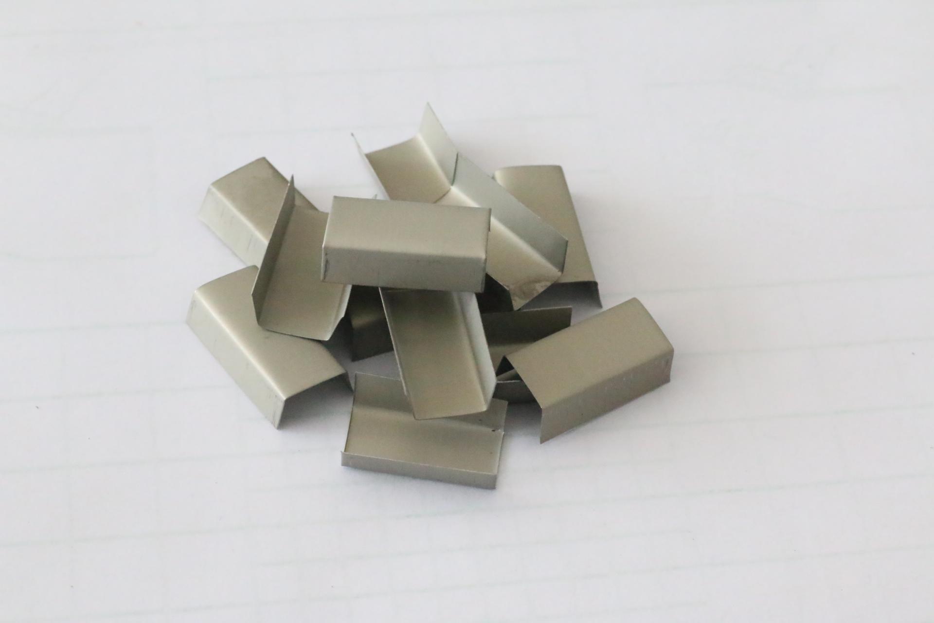 Khóa đai hở, bọ sắt hở chữ u 16mmx 0.6mm  TGCN-2827 VietnamPackaging