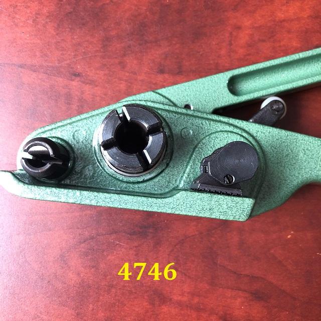 Dụng Cụ Căng Đai Nhựa  P117 Ybico