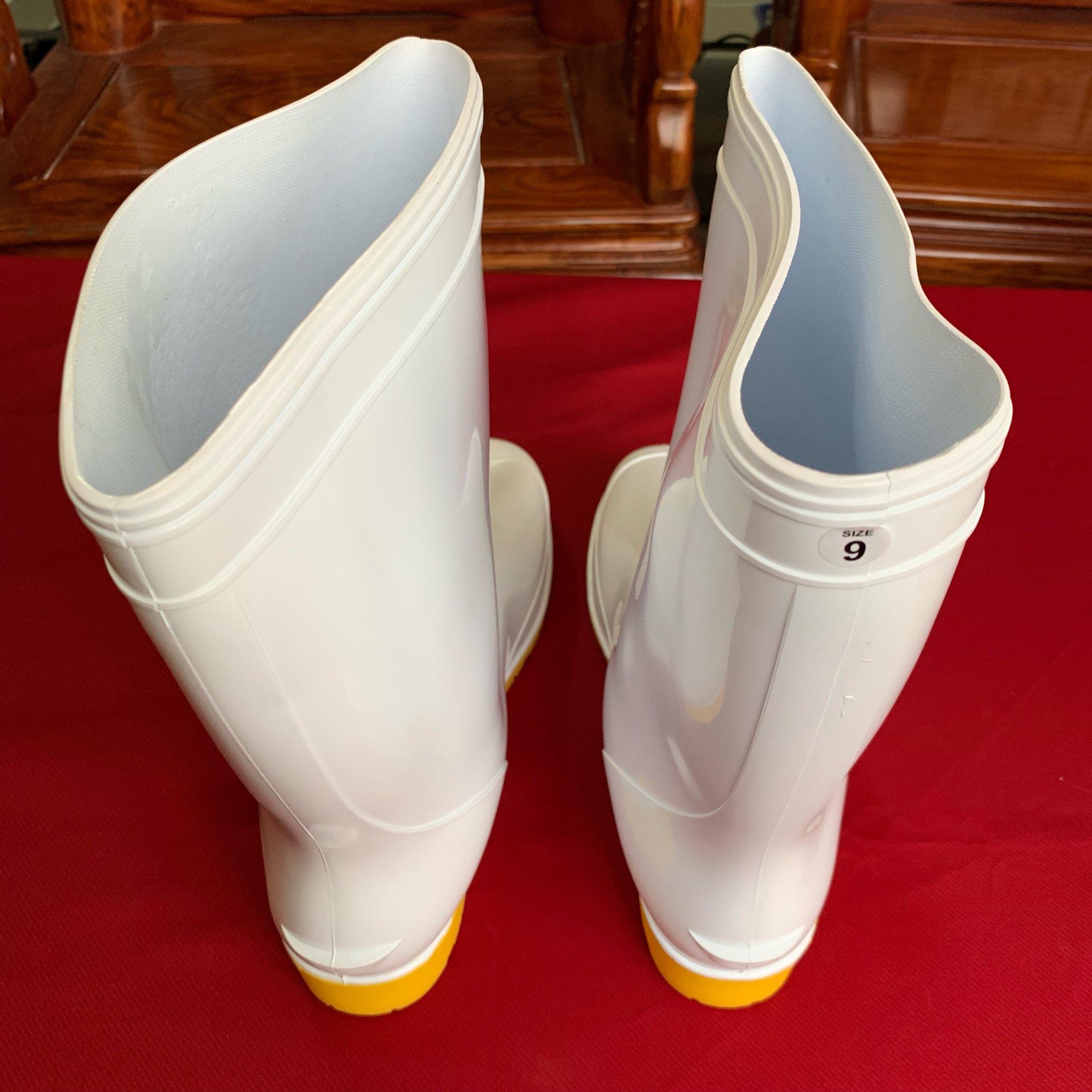 Ủng bảo hộ thân trắng đế vàng  RB003 size 42 ( Size 9 ) OEM-1865