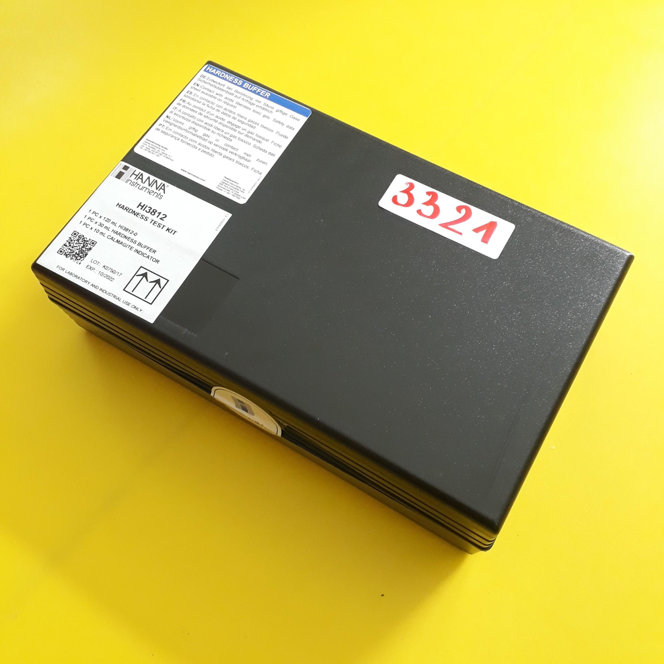 Bộ dụng cụ đo độ cứng tổng (CaCO₃)  HI3812 Hanna