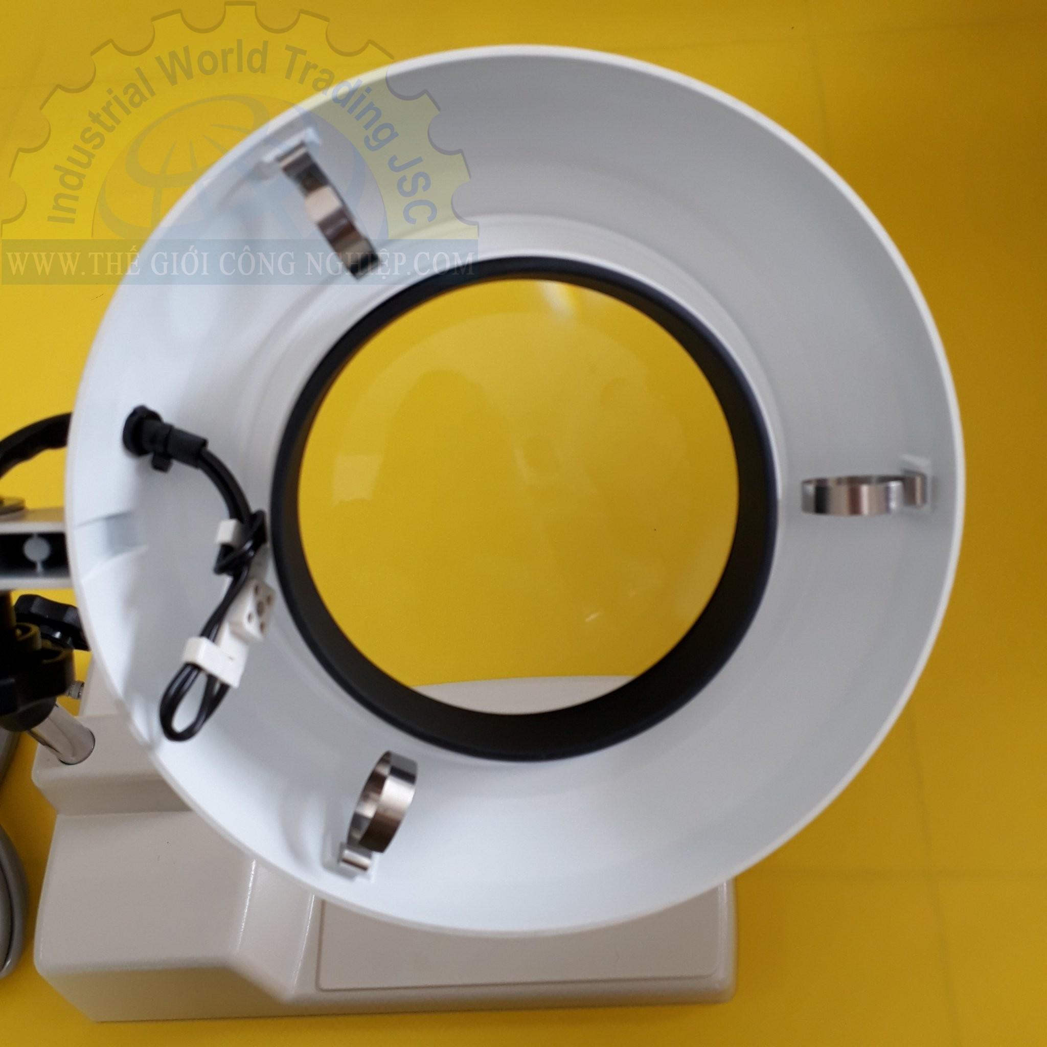 Kính lúp để bàn dùng đèn huỳnh quang có độ phóng đại 4 lần illuminated Light Scope SKK-B 4X OTSUKA