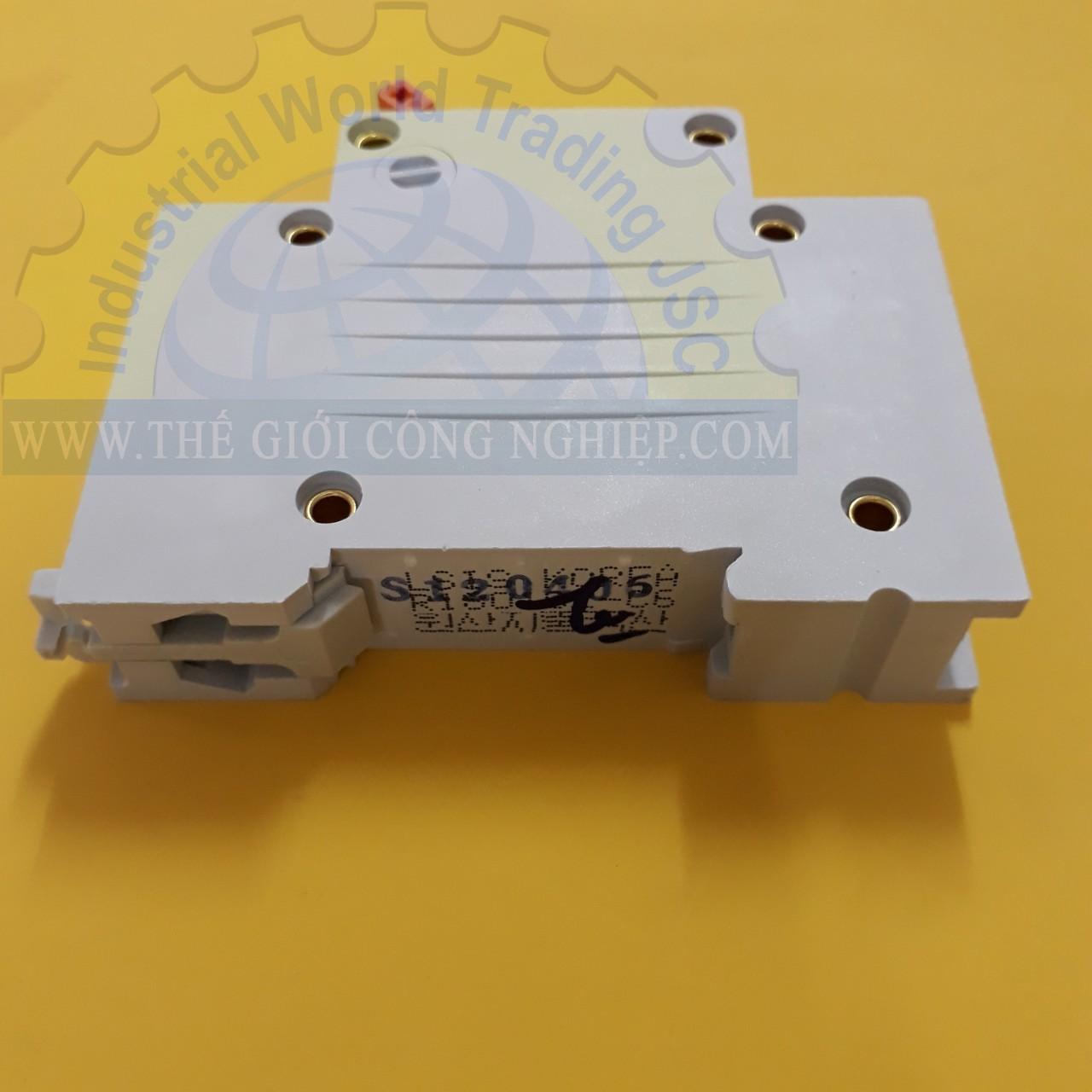 MCB ( gắn trên ray ) loại 1 cực cB tép 1 pha BKN 1P 6A LS