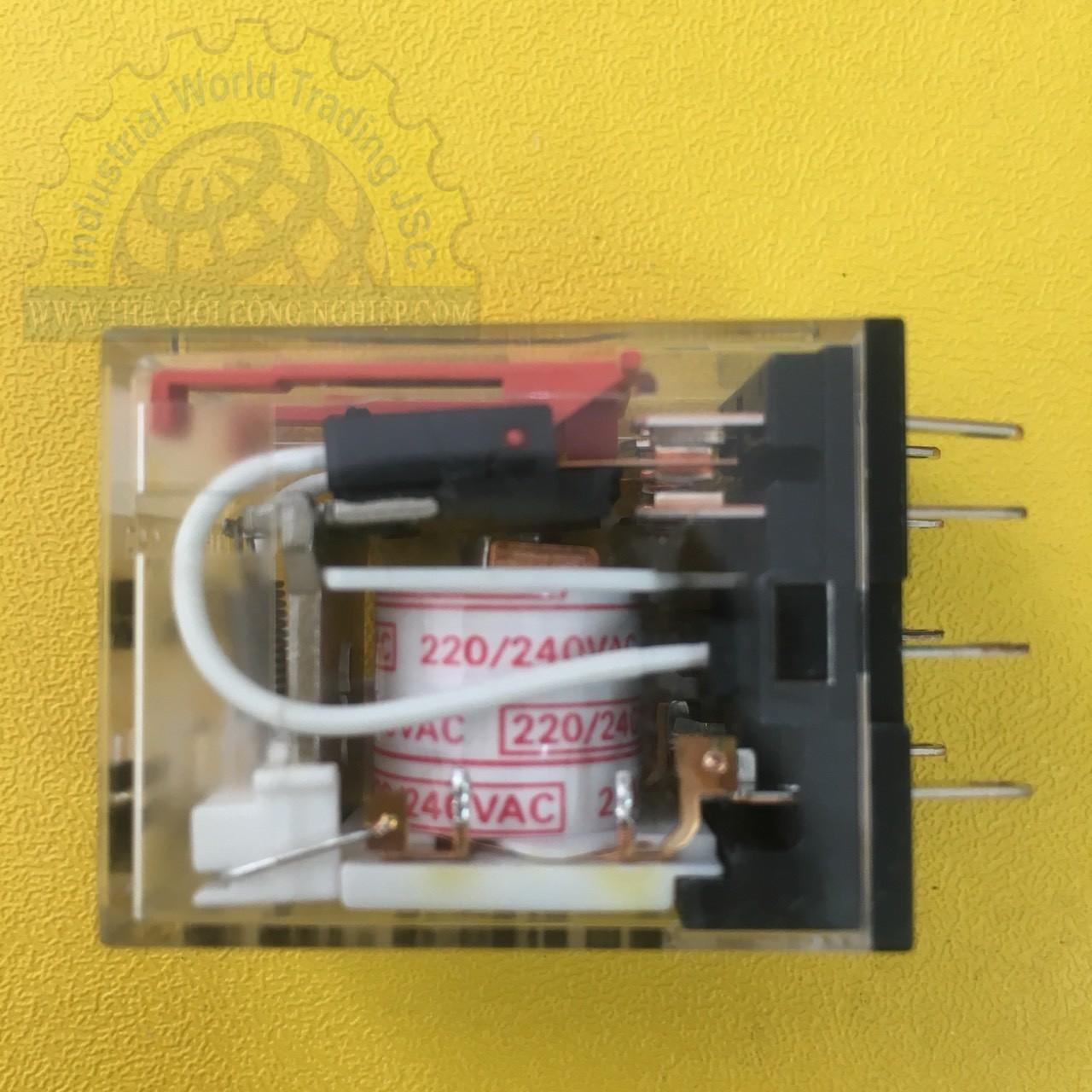 Relay 8 chân dẹp nhỏ (220AC)  MY2N-GS AC220/240 BY OMZ Omron