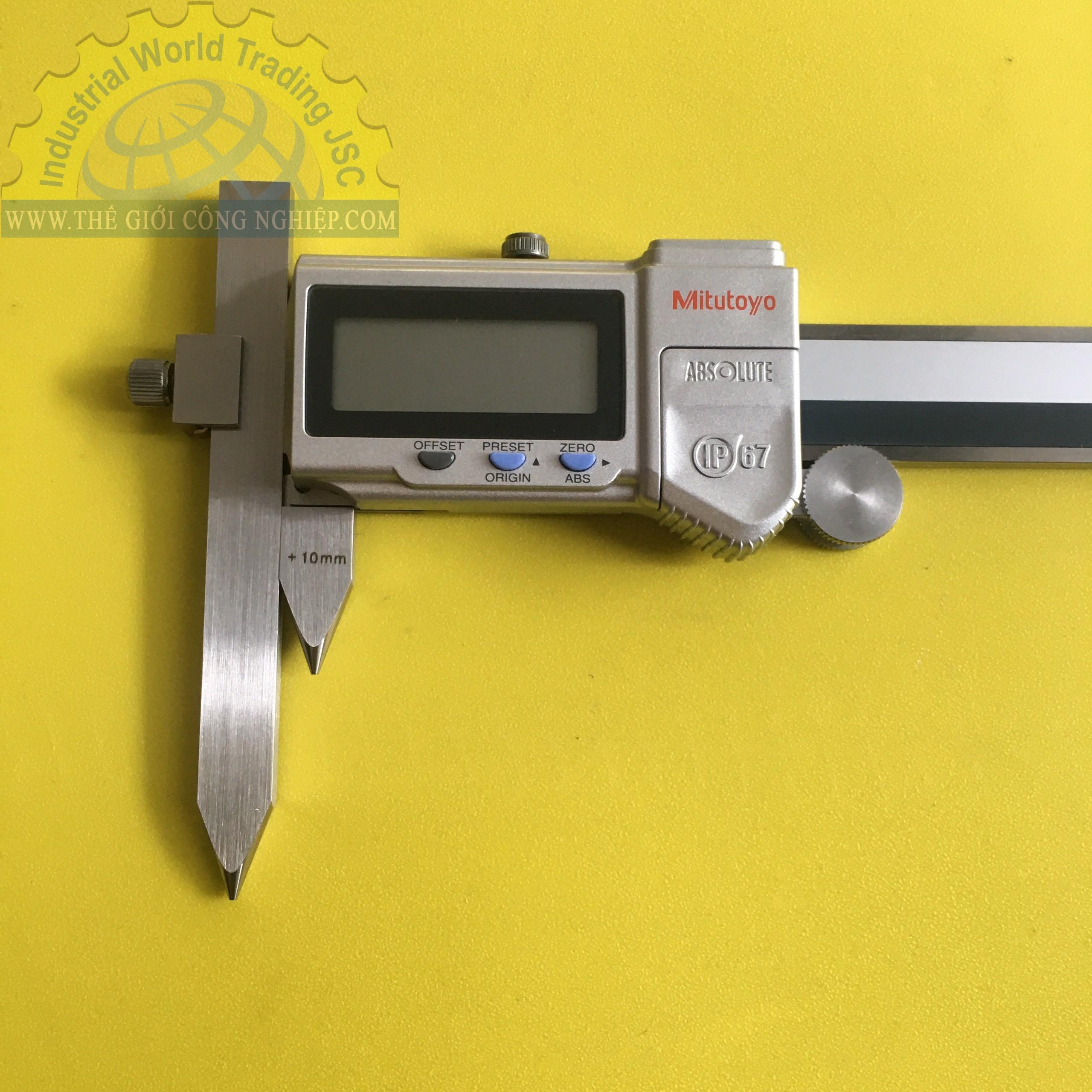 Thước cặp điện tử đo khoảng cách tâm 10-300mm  573-608 MITUTOYO