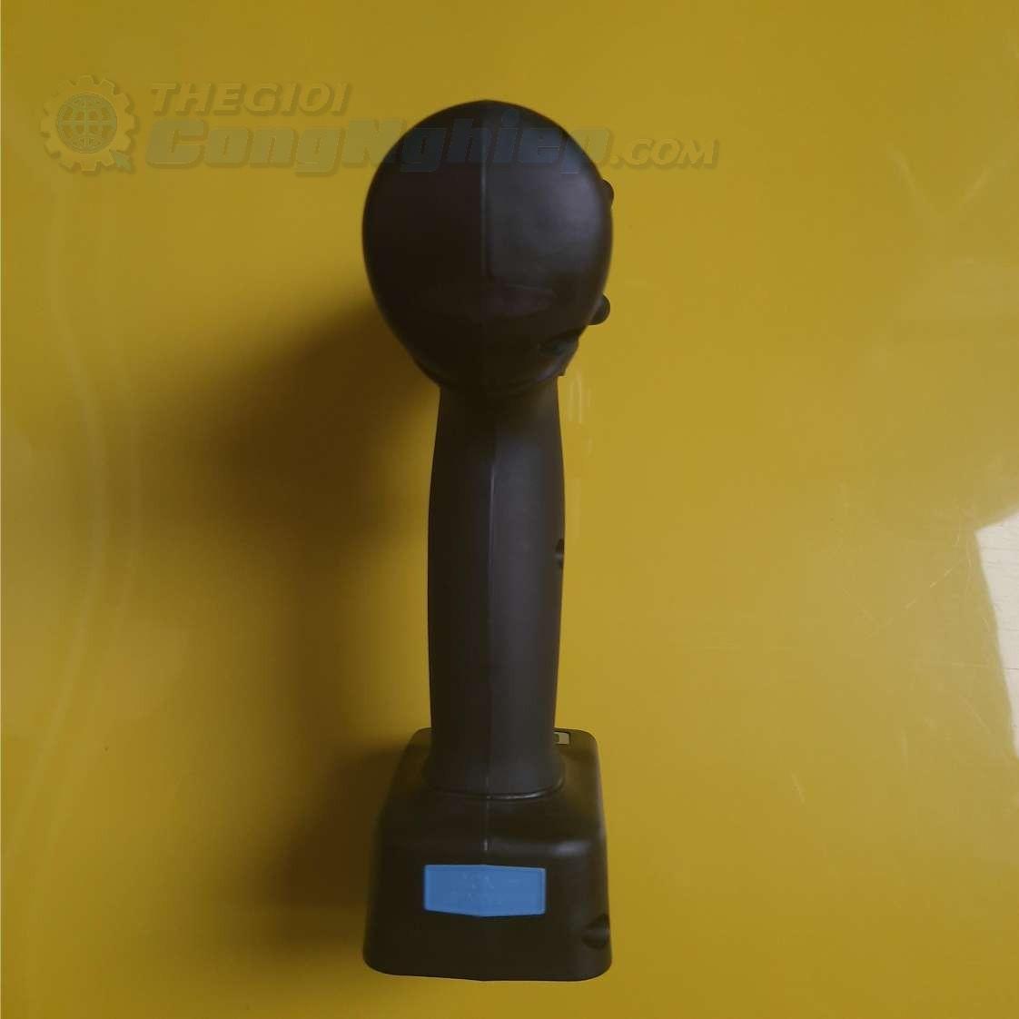 Dụng cụ vặn vít dùng pin  EYFLB1A Panasonic