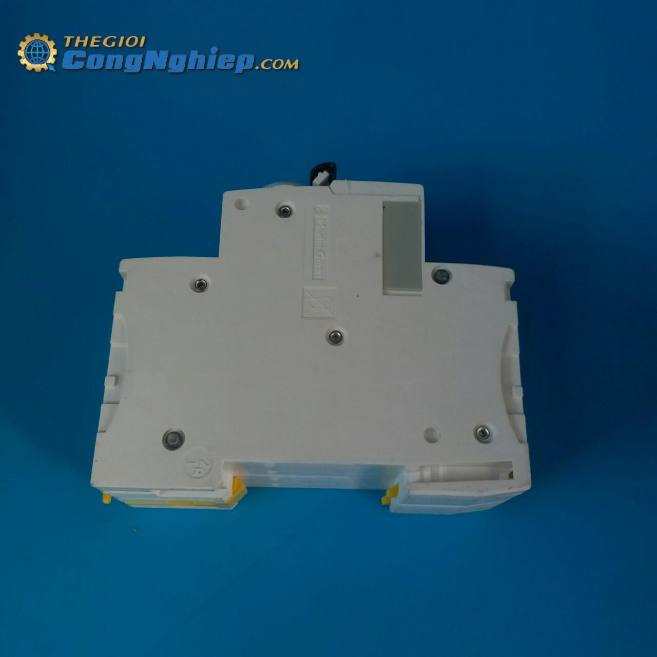 Cầu dao tép MCB 2P 63A/10kA  A9F84263 schneider-electric