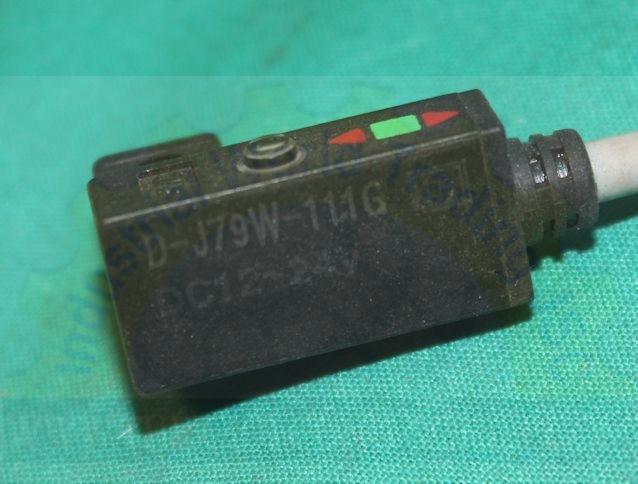 Cảm biến khí nén D-J79W SMC
