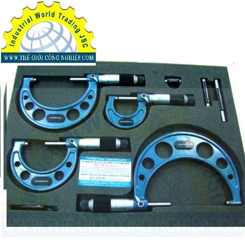 Panme đo ngoài cơ 0– 75mm  OM-9013 Metrology