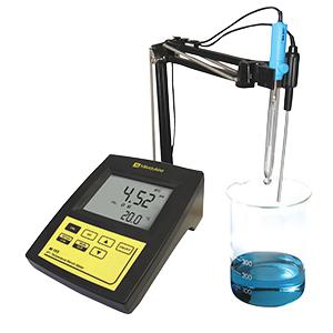 Máy đo pH để bàn Mi 150 Milwaukee