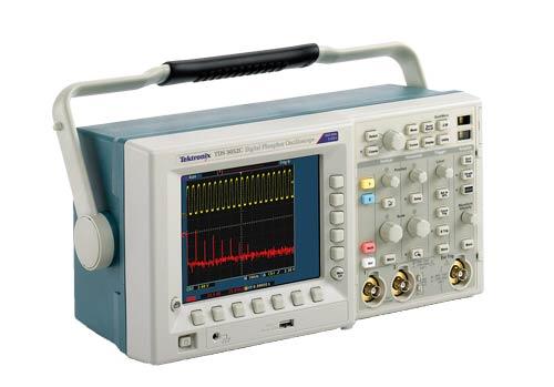 Máy hiện sóng TDS3034C Tektronix