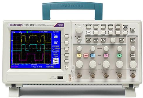 Máy hiện sóng số Tektronix  TDS2004C Tektronix