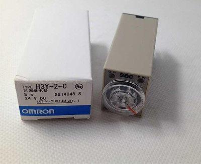 Relay thời gian 10S_220V + đế H3Y-2-C 10S Omron
