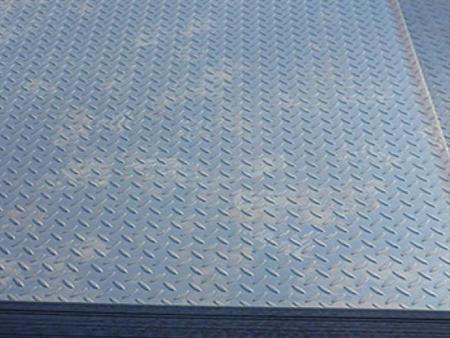 Thép Tấm Gân, Thép Tấm Nhám Chống Trượt 3 mm x 1.5 m x 6 m TGCN-20173 VietnamSteels