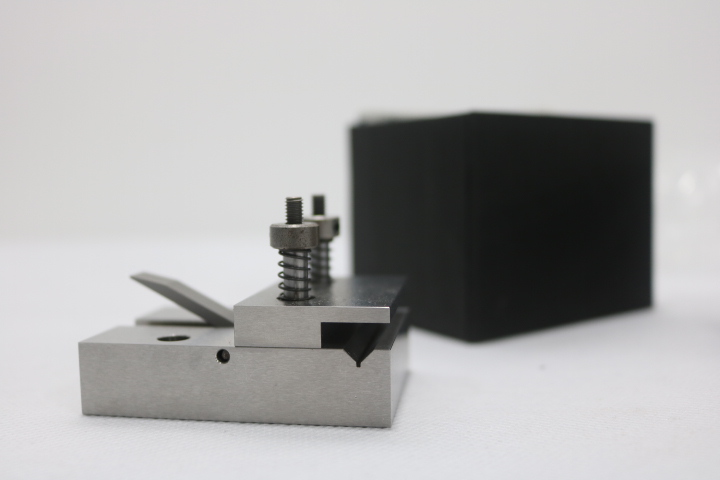 Gá giữ mẫu MC-450S (code :08-204) FujiTool