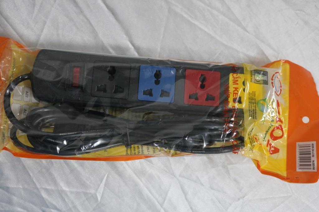 Ổ cắm điện 4D có nắp che dây 3mx2  4D32N LIOA