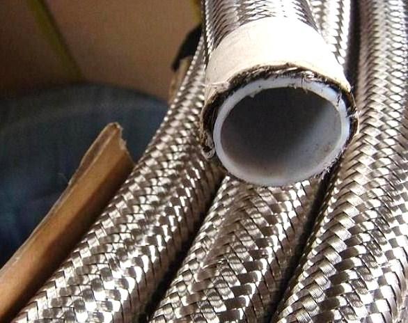 Ống dẻo inox ruột tép lon phi 21 x 1200mm TGCN-26909 VietnamProcessing