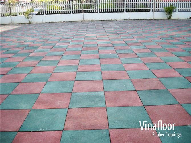 Thảm cao su đen 50cm x 50cm x2 .5cm TGCN-28127 Vinafloor