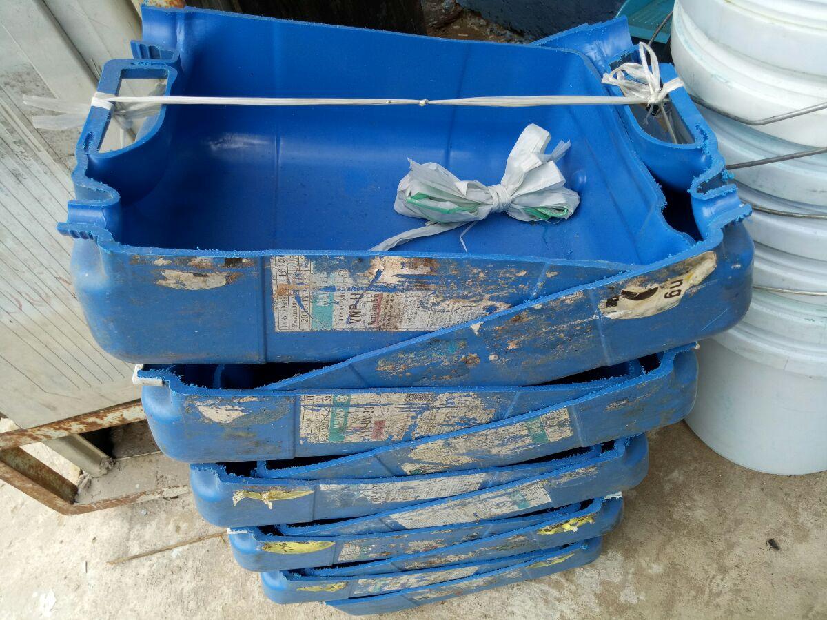 Máng nhựa màu xanh TGCN-29373 VietNamPlastics