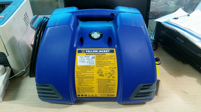Máy thu hồi gas điều hòa 95764 YellowJacket
