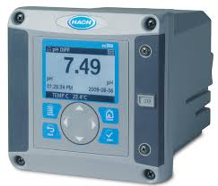 Bộ điều khiển thiết bị phân tích 2 cảm biến SC200 HACH