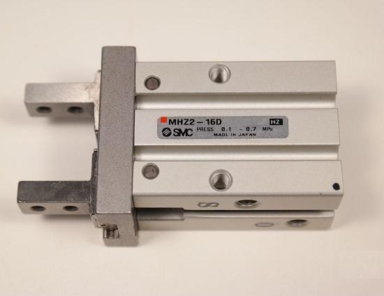 Xylanh tay kẹp MHZ2-16D SMC