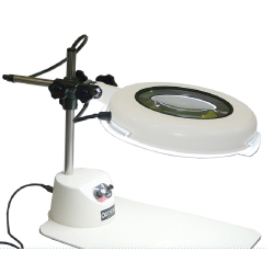 Kính lúp để bàn dùng đèn Led, có độ phóng đại 3 lần lED Illuminated Light Scope LSK-B 3X OTSUKA
