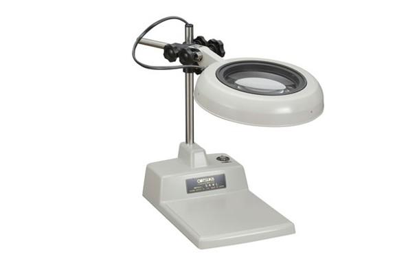 Kính lúp để bàn dùng đèn Led, có độ phóng đại 4 lần SKKL-B 4X OTSUKA