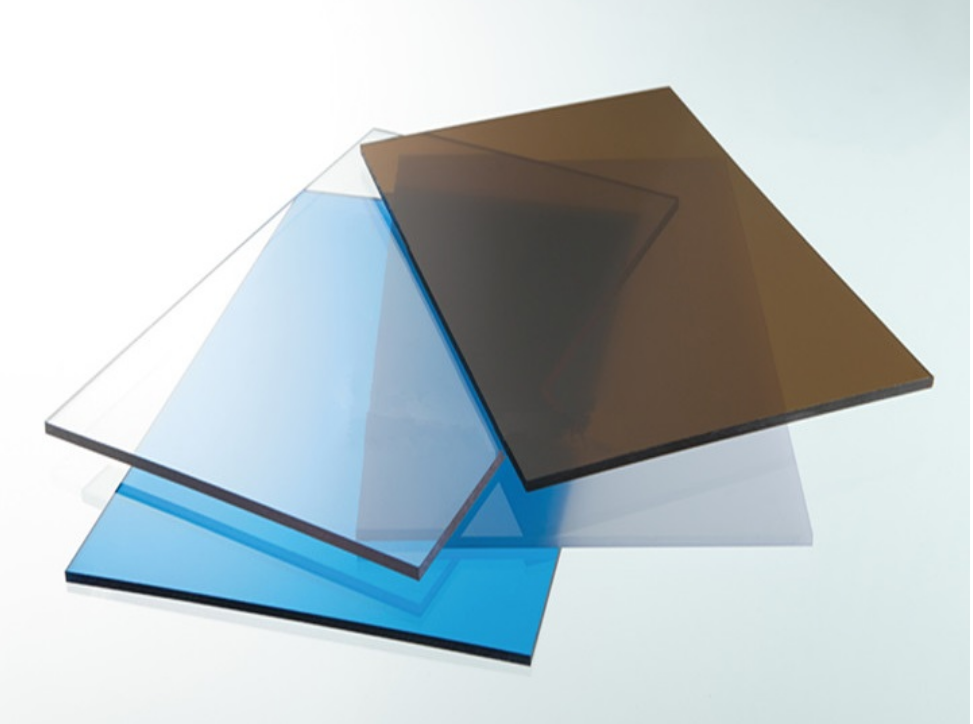Tấm lợp polycarbonate màu trong suốt dày 5mm TGCN-31579 VietNamPlastics
