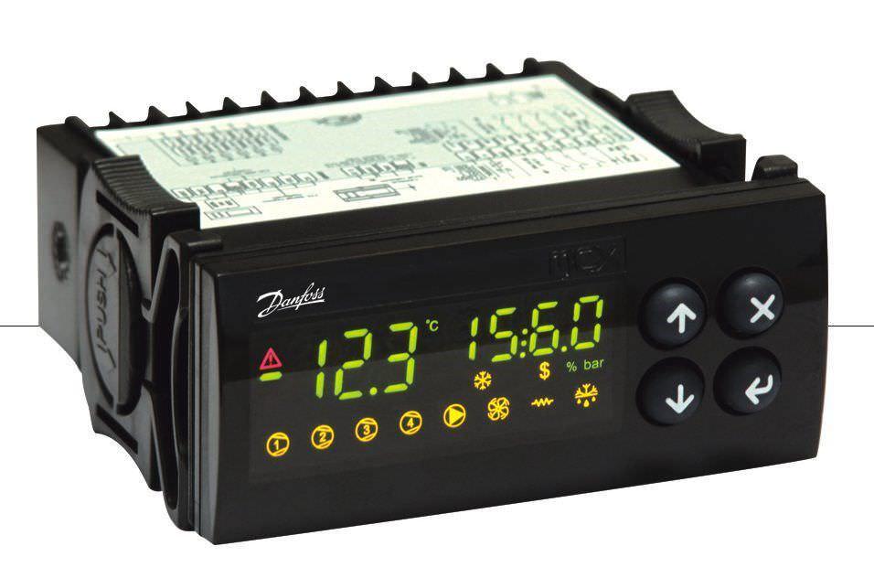 Bộ điều khiển lập trình  MCX06C Danfoss
