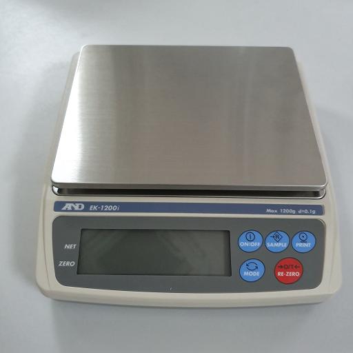 Cân điện tử 1200g/0.1 g EK-1200i AND