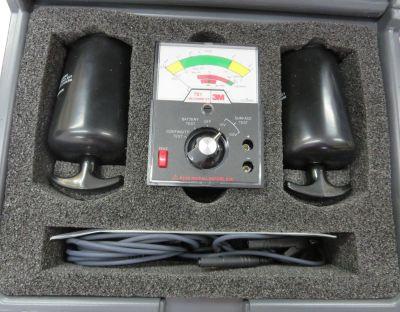 Máy đo điện trở 0 - 10 Mohm  701 3M
