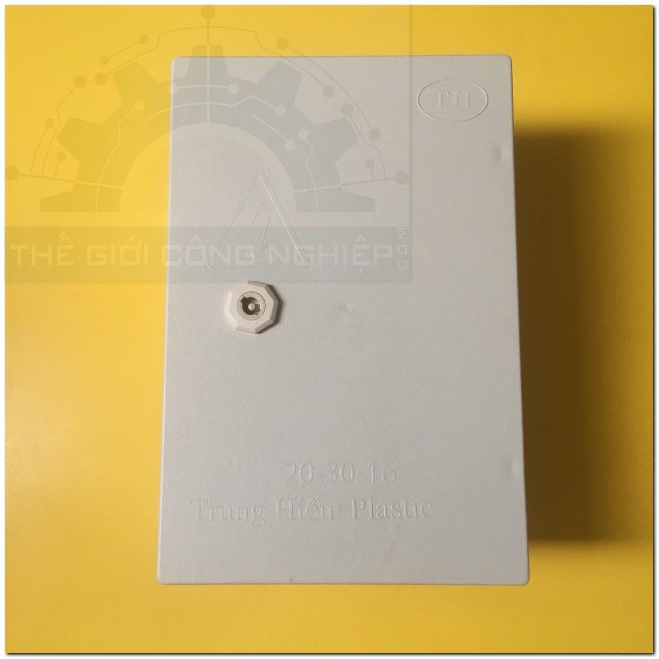 Vỏ tủ điện nhựa 20x30x16cm  TGCN-48527 OEM-1710