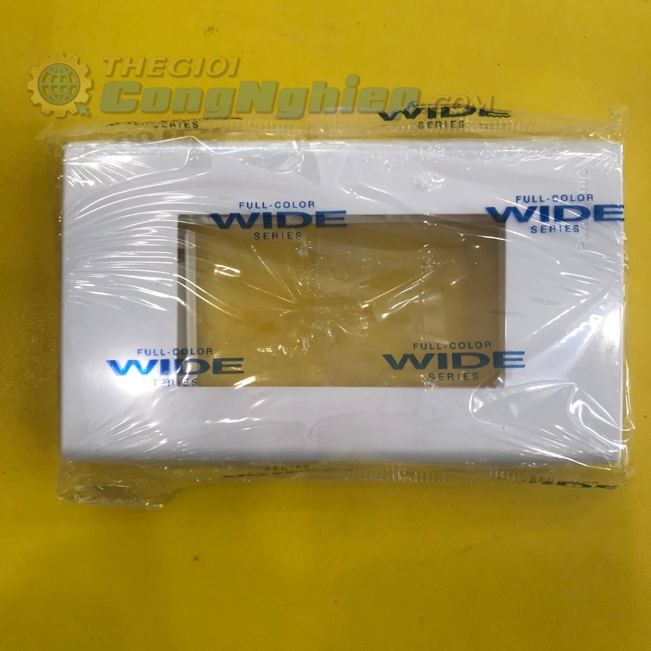 Mặt thiết bị 3 lỗ  WEV68030SW Panasonic