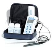Máy đo PH cầm tay WalkLAB TI 9000 TransInstruments